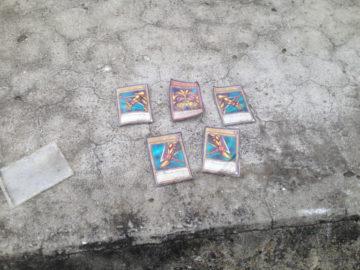 ยูกิฉันหาเจอแล้ว! ชาวทวิตญี่ปุ่นพบการ์ด Exodia ลอยอยู่ในแม่น้ำ อิงฉากที่ถูกโยนทิ้งในการ์ตูน